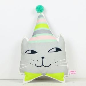 Hoofd kat feestmuts
